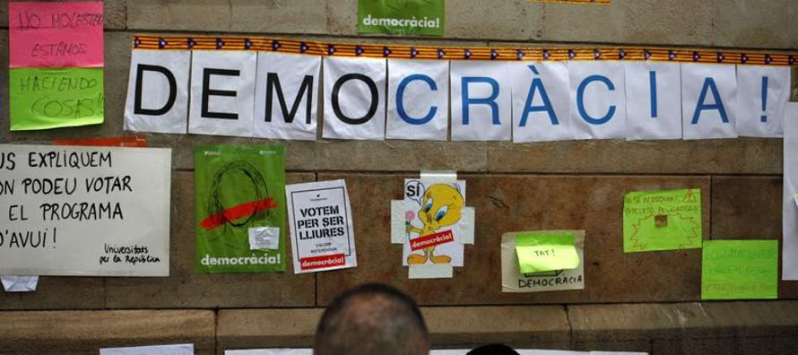 El Ejecutivo central ha intentado desmantelar el mecanismo electoral de Cataluña en las...