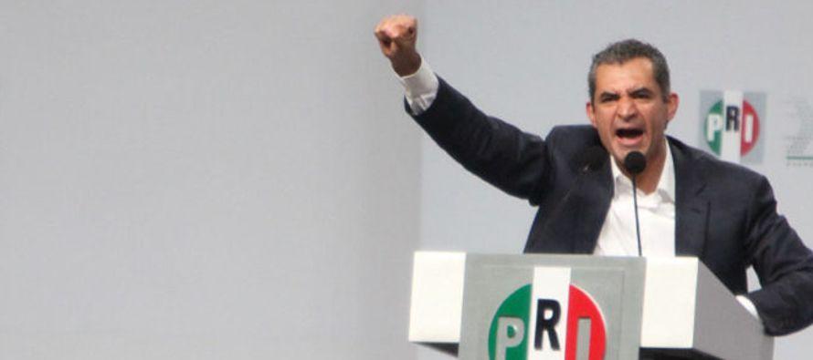 Para buscar atronadores aplausos, el PRI ha propuesto que se cancele total y definitivamente el...