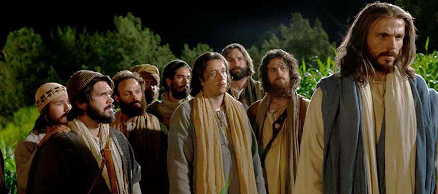 Hoy, en el Evangelio, contemplamos cómo «Santiago y Juan, dijeron: Señor,...