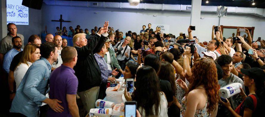 Allí mismo, Trump, al que en EE UU y Puerto Rico sectores críticos responsabilizan de...