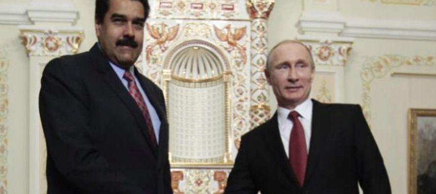 Maduro, que participa en el foro internacional 'Semana de la Energía de Rusia', ha...