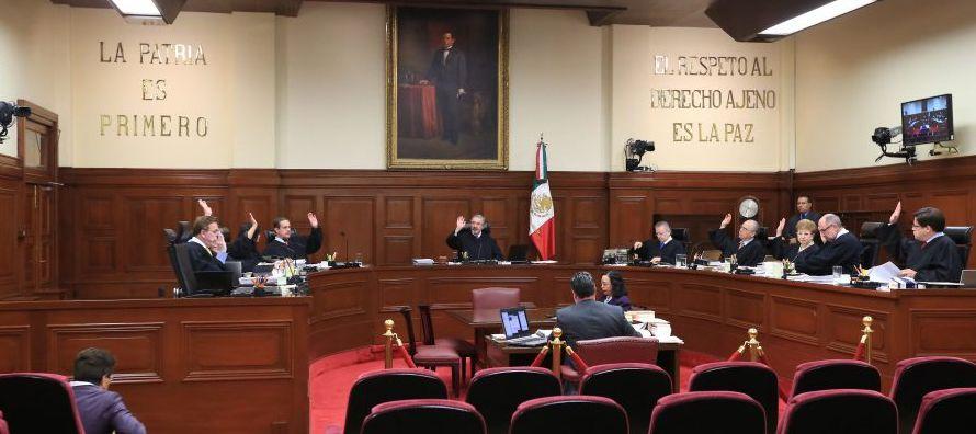 De acuerdo con la Corte, estas declaraciones de las autoridades de Estados Unidos, sin juicio de...