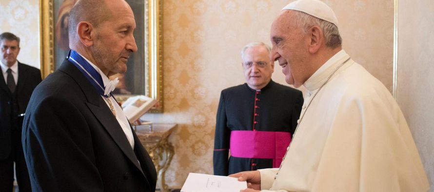El Gobierno protestó formalmente ante la Santa Sede, pero la posición desde los...