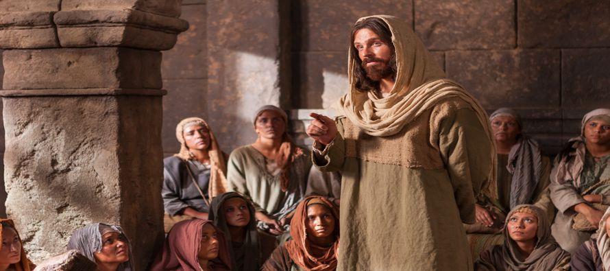 «Quien a vosotros os escucha, a mí me escucha; y quien a vosotros os rechaza, a...