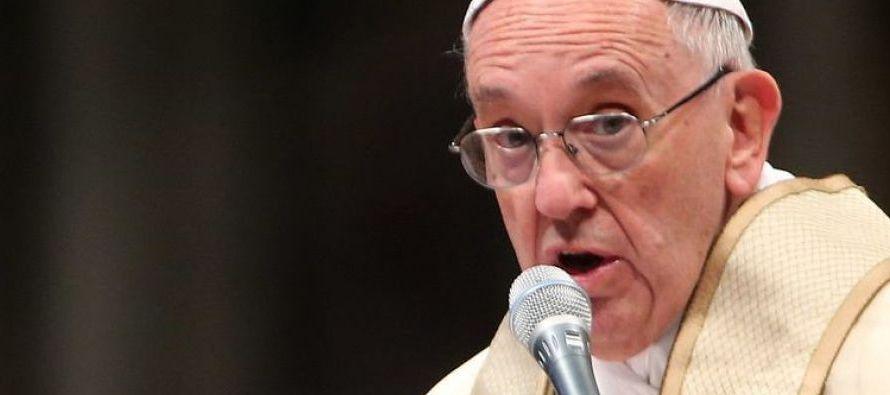 """""""Como todos sabemos, la Iglesia Católica en los últimos años se ha..."""