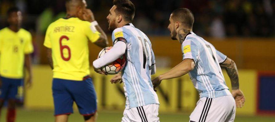 La selección de Uruguay derrotó en casa a su similar de Bolivia por 4 – 2, con lo que...