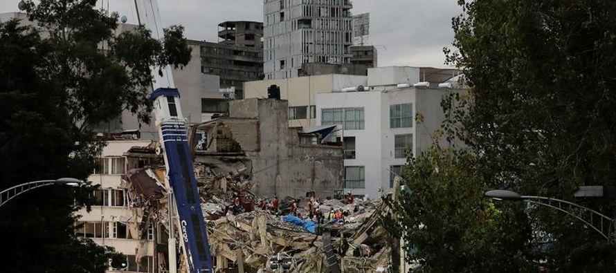 El brutal terremoto del mes pasado recordó lo vulnerable que es la Ciudad de México,...