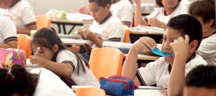 La Organización de Estados Iberoamericanos considera a los directores de las escuelas como...
