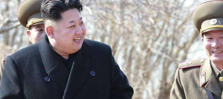 Yo-jong, hermana de padre y madre de Kim Jong-un, es, aparentemente, la persona responsable de la...
