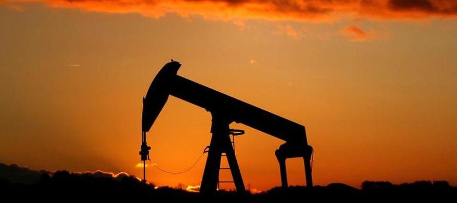 Las existencias comerciales en las naciones industrializadas descendieron en agosto en 14,2...