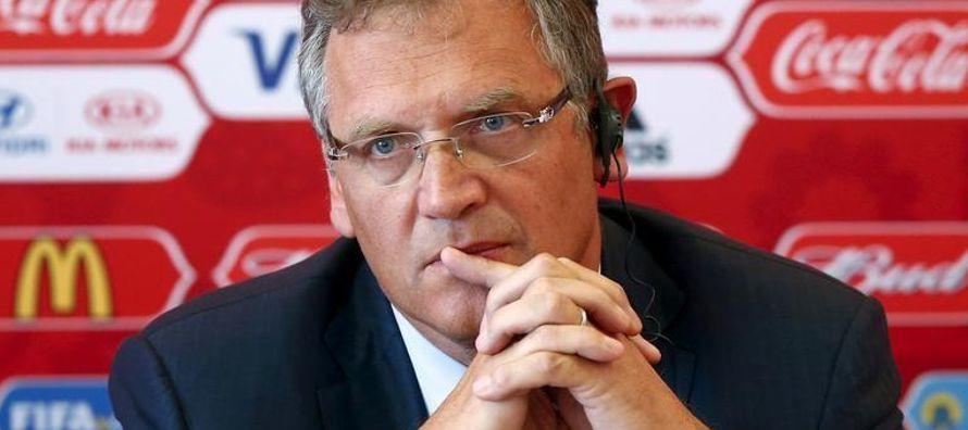 La OAG dijo también que Valcke y Nasser Al-Khelaifi están ligados de forma irregular...
