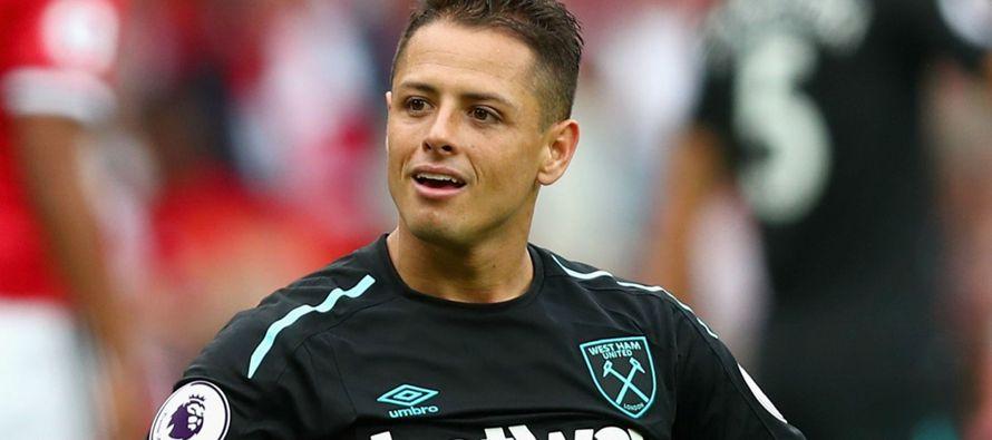 El entrenador del West Ham United, Slaven Bilic, negó que el mexicano Javier...