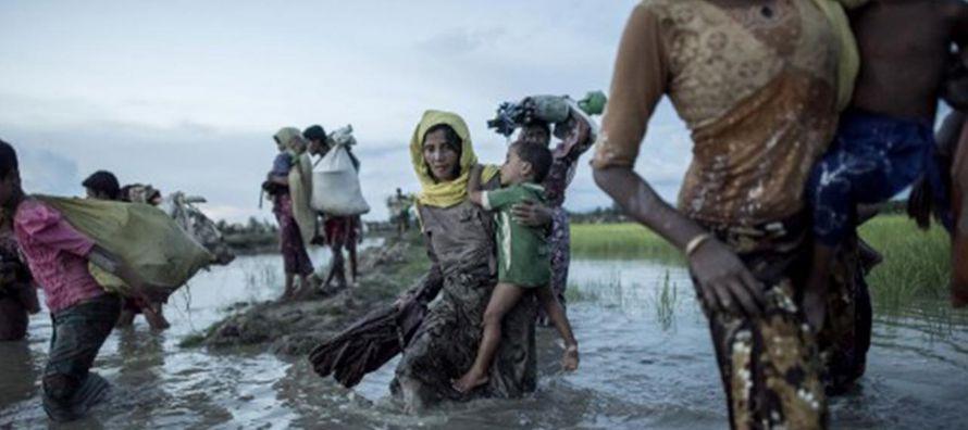 Según datos de Naciones Unidas, desde finales de agosto 500 mil rohingyas escaparon de...