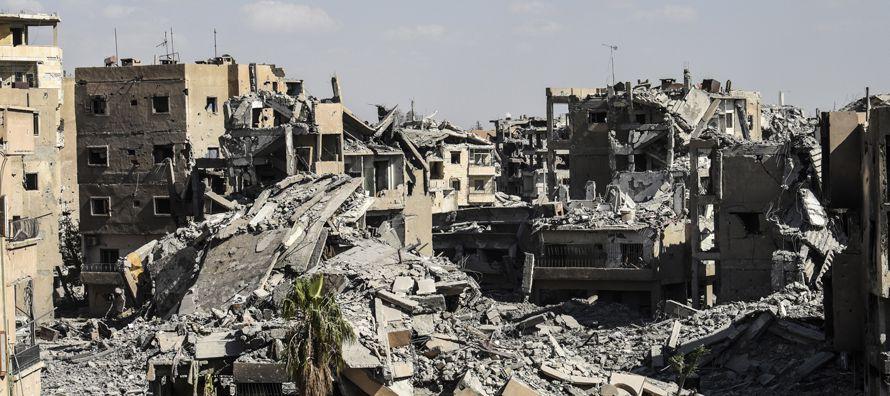 La mayor parte de los civiles (1.130) han fallecido por bombardeos de la coalición...