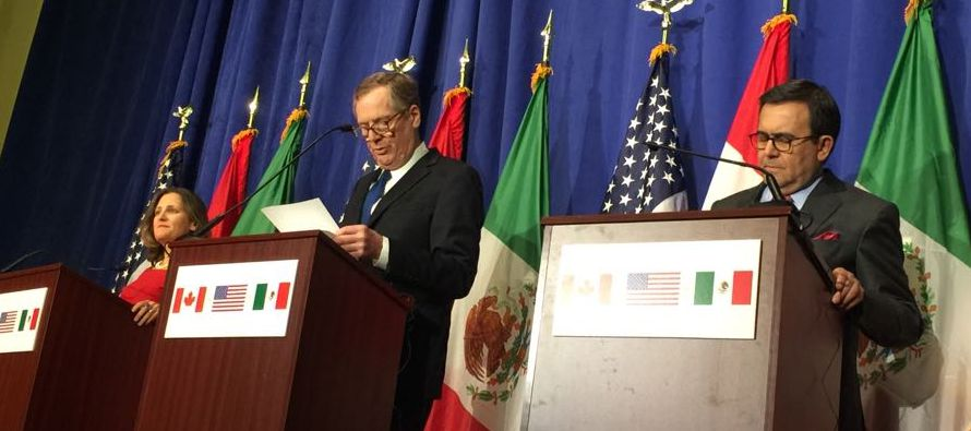 El director del Centro de Investigación y Seguridad Nacional, Eugenio Ímaz,...