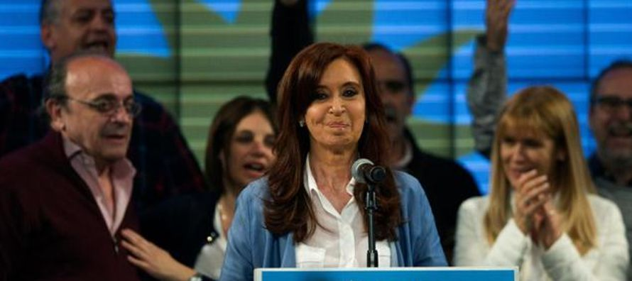 Cristina Fernández de Kirchner cosechó ayer su primera derrota electoral como...