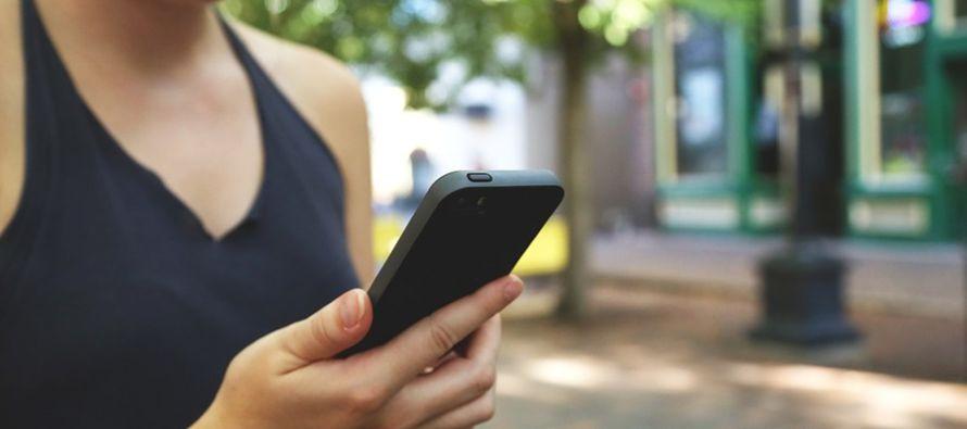 """Es la primera ciudad estadounidense que aborda a los """"zombies del teléfono"""", como..."""