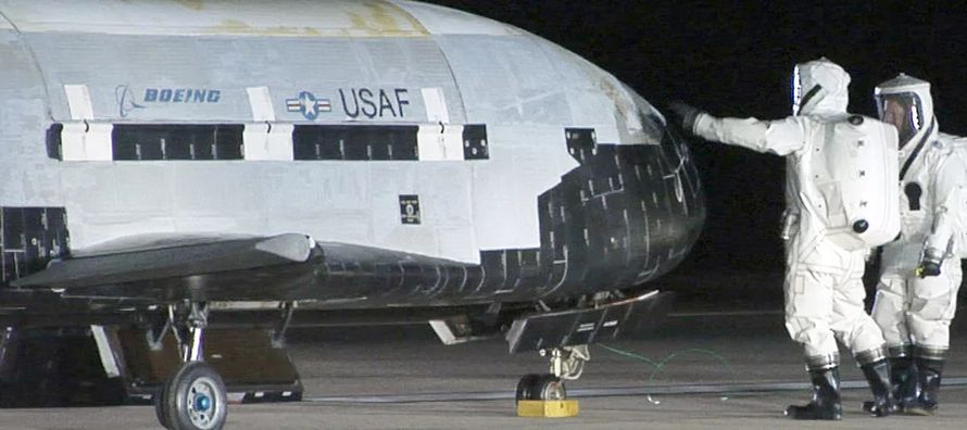 El fabricante de aeronaves y equipamiento de defensa con sede en Chicago señaló que...