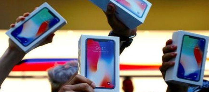 La capitalización de mercado de Apple de alrededor de 868,000 millones de dólares la...