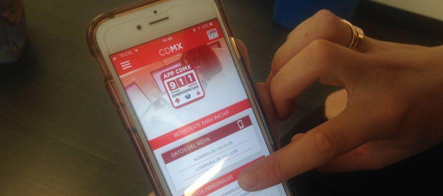 El app 911 sirve regularmente para avisar de emergencias a las autoridades de la ciudad, con ella...