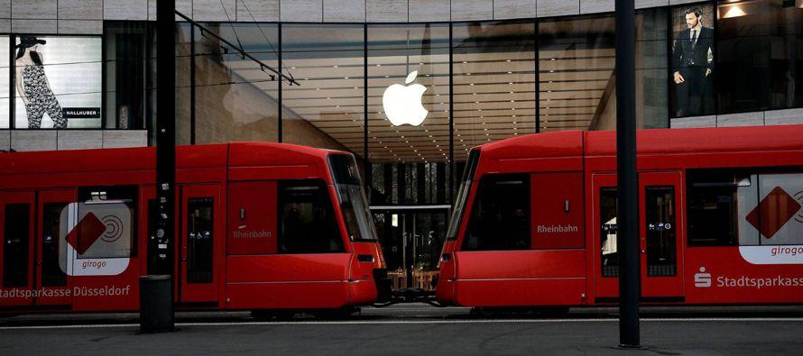 Apple acumula 268,900 millones en efectivo. La mayoría de ese dinero está aparcado...