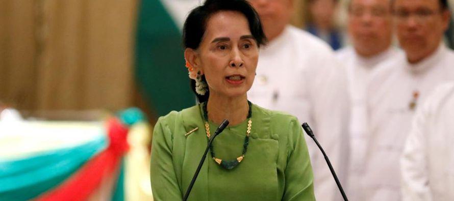 """""""La consejera de Estado se encuentra en Sittwe y visitará Maungdaw y Buthidaung"""",..."""