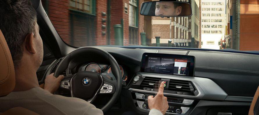 El portavoz de BMW, Michael Rebstock, dijo que los llamados a revisión se traslapan y cubren...
