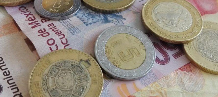 """Con respecto a la moneda mexicana, un reporte de Santander dijo: """"mantenemos..."""