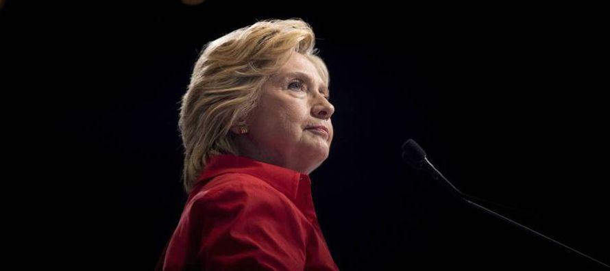 Este miércoles se cumplirá un año de la noche en que Clinton se vio derrotada...