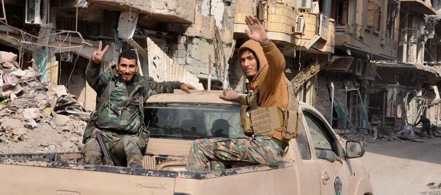 """""""El IS empezó su contraataque en la noche del jueves, y retomó más del..."""
