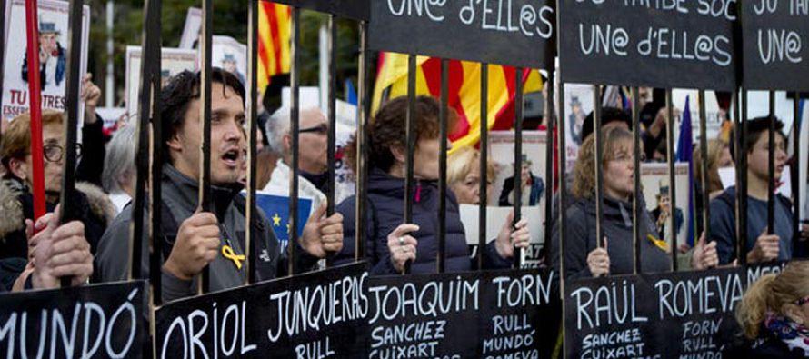 La marcha, convocada por las organizaciones Asamblea Nacional Catalana (ANC) y Òmnium,...