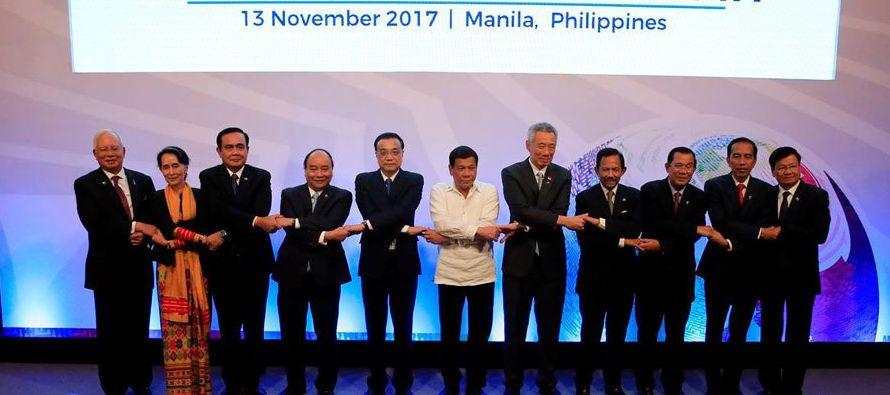 Los encuentros terminarán mañana, martes, con la cumbre del foro Asia Oriental, que...