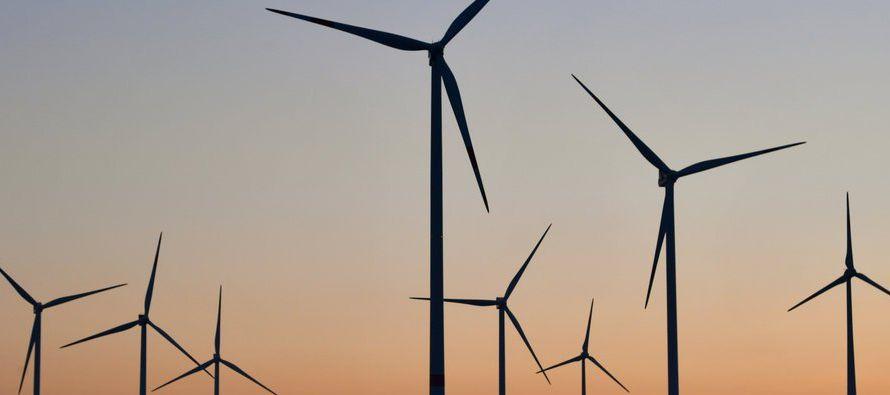Vestas Wind Systems y Siemens Gamesa son gigantes de la industria de la energía...