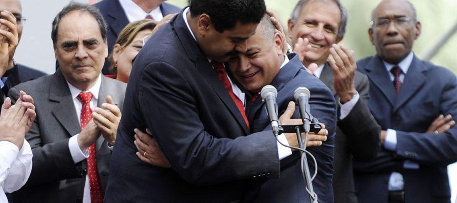 En Venezuela, las telecomunicaciones, la energía, los ferrocarriles y otros servicios...