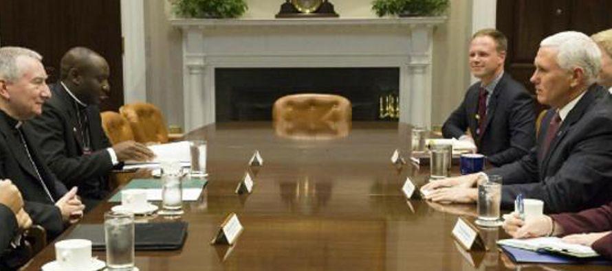 """El encuentro tuvo como objetivo reafirmar la """"fuerte y duradera cooperación entre..."""