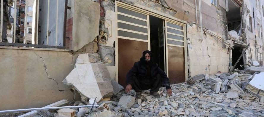 El sismo ocurrió en la frontera entre Irán e Irak y provocó los mayores...