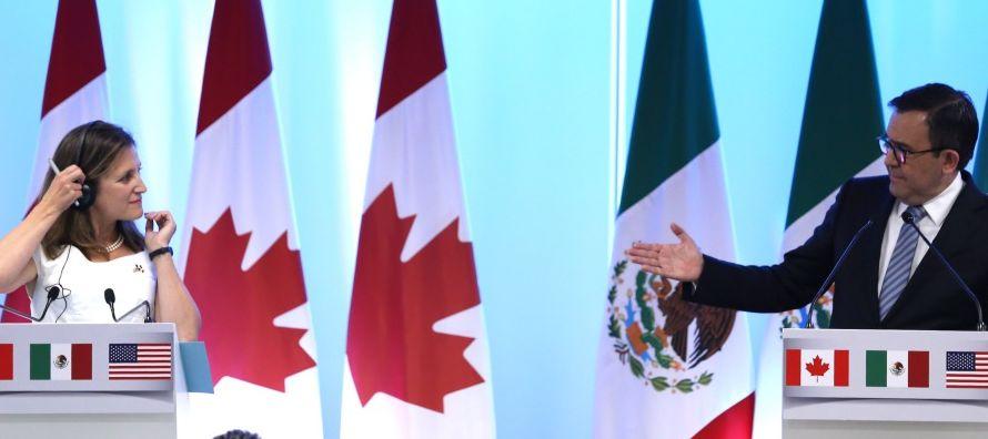 Esas exigencias de Trump han sido rechazadas por las industrias automotrices de México y de...