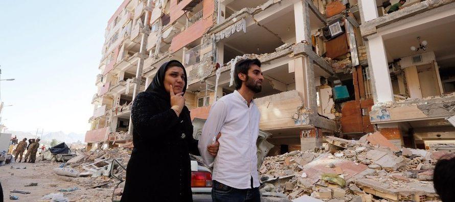 Según las autoridades, siete ciudades y casi 2,000 pueblos sufrieron daños. Varias...