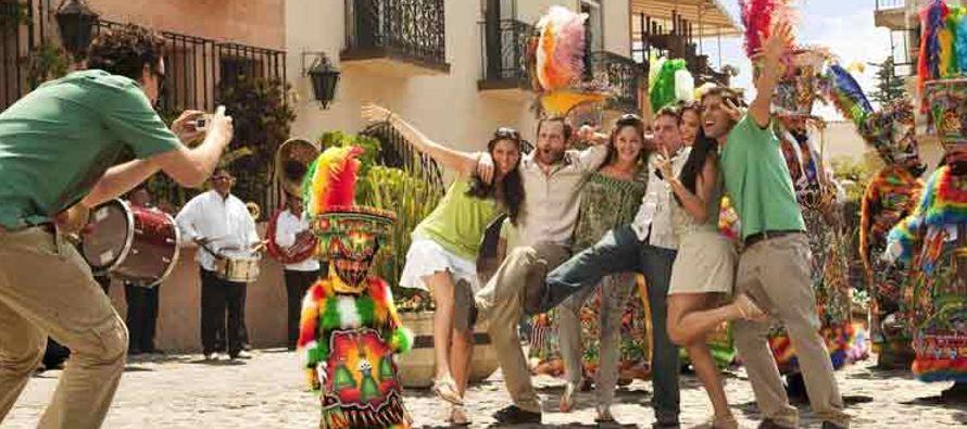 Para el noveno mes del año creció 15.1 por ciento el ingreso de turistas respecto a...