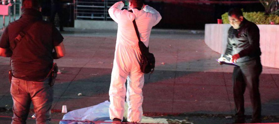 A mes y medio de que acabe el año, 2017 emerge como uno de los más violentos en la...