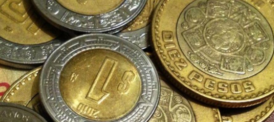 Mientras tanto, los pronósticos del tipo de cambio fueron revisados nuevamente hacia un peso...