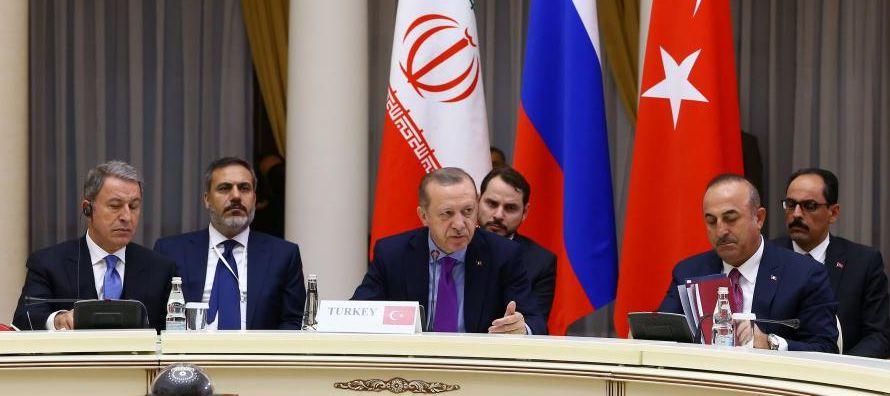 Una fuente del Ministerio sirio de Asuntos Exteriores, citada por la agencia, expresó que su...