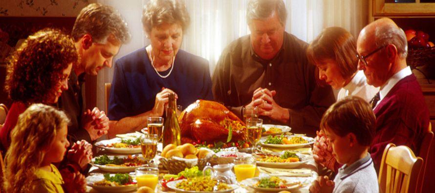 Millones de estadounidenses disfrutarán hoy la tradicional celebración de...