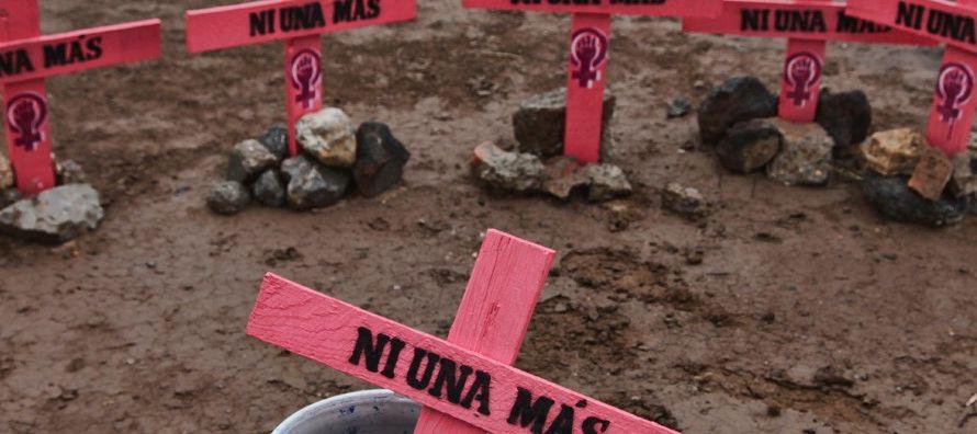 Los 2,735 homicidios de mujeres el año pasado fueron la segunda cifra más alta de...