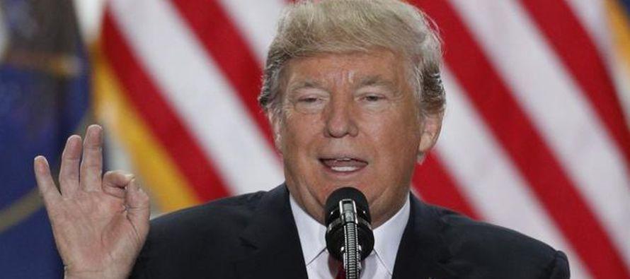 El Gobierno de Donald Trump detuvo a 454,000 inmigrantes en el año fiscal 2017, que...