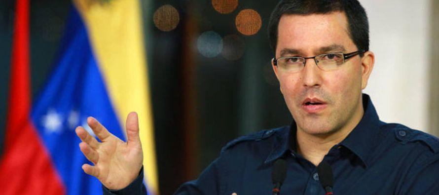 """""""Las declaraciones en Bruselas del Ministro Alfonso Dastis denotan la bochornosa..."""