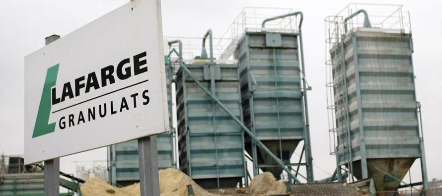 Cuando Lafarge cerró finalmente la planta de Jalabiya, en 2014, abandonó a su suerte...