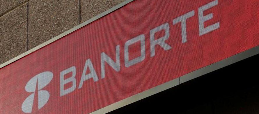 De los accionistas de Banorte, representando 81.26 por ciento del capital social, 71.61 votaron en...
