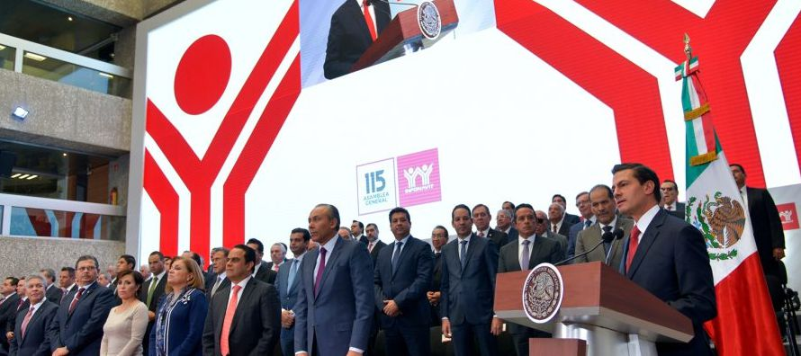 En la clausura de la 115 asamblea del instituto, Peña Nieto se refirió a las nuevas...