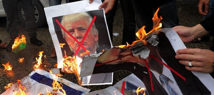 La decisión del jefe de la Casa Blanca, dijo Netanyahu en línea con lo afirmado por...